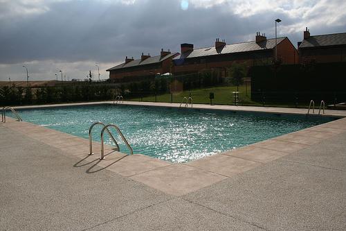 Formas de ahorrar energía en el calentamiento de piscinas