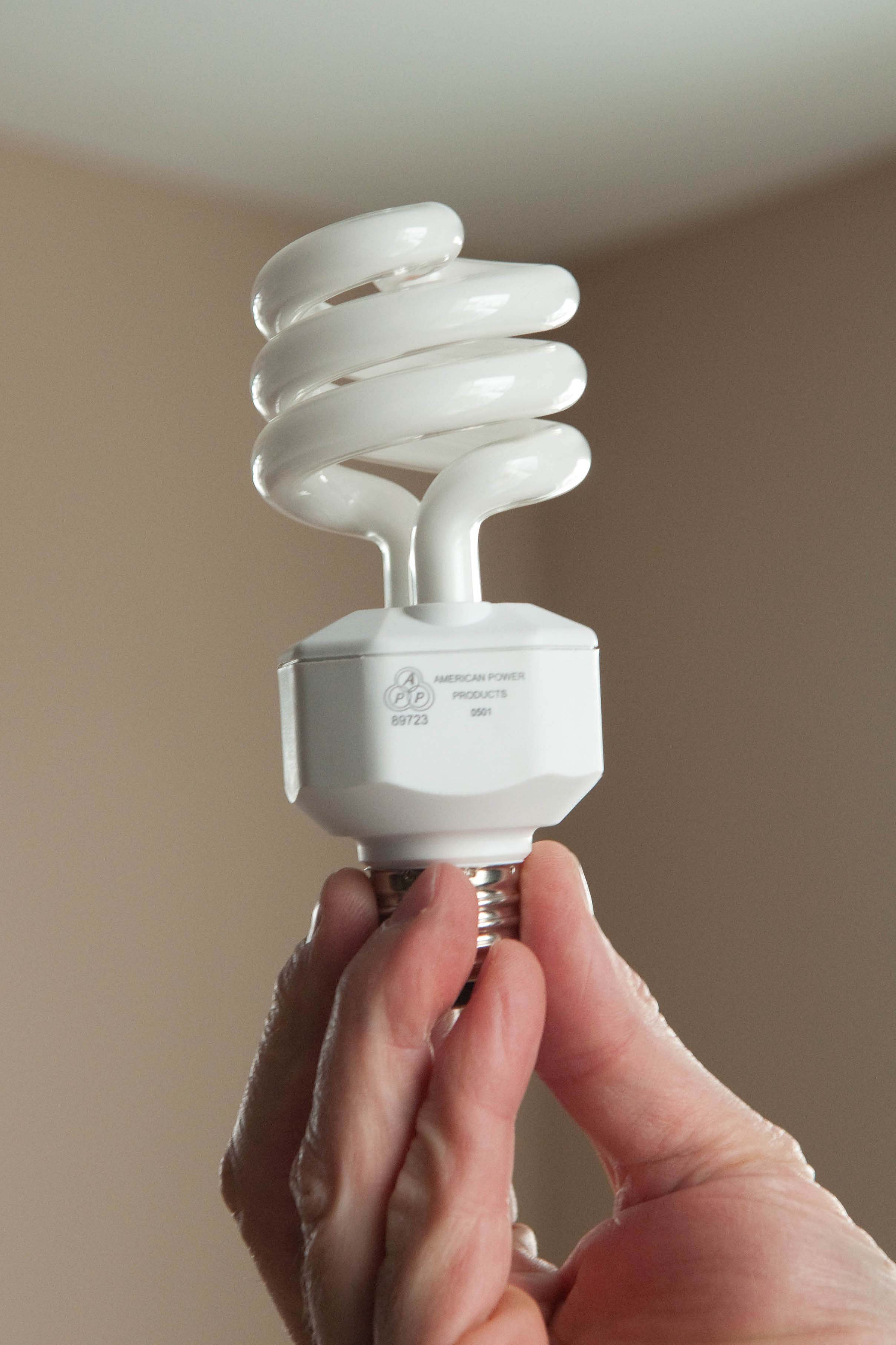 los cinco mejores gadgets para ahorrar energ a ahorro de energ a. Black Bedroom Furniture Sets. Home Design Ideas